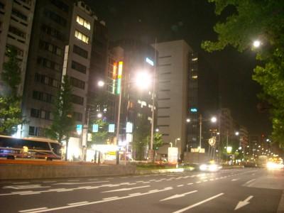 夜 オフィス街
