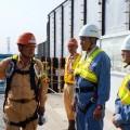 工事の説明を受ける橋本副大臣