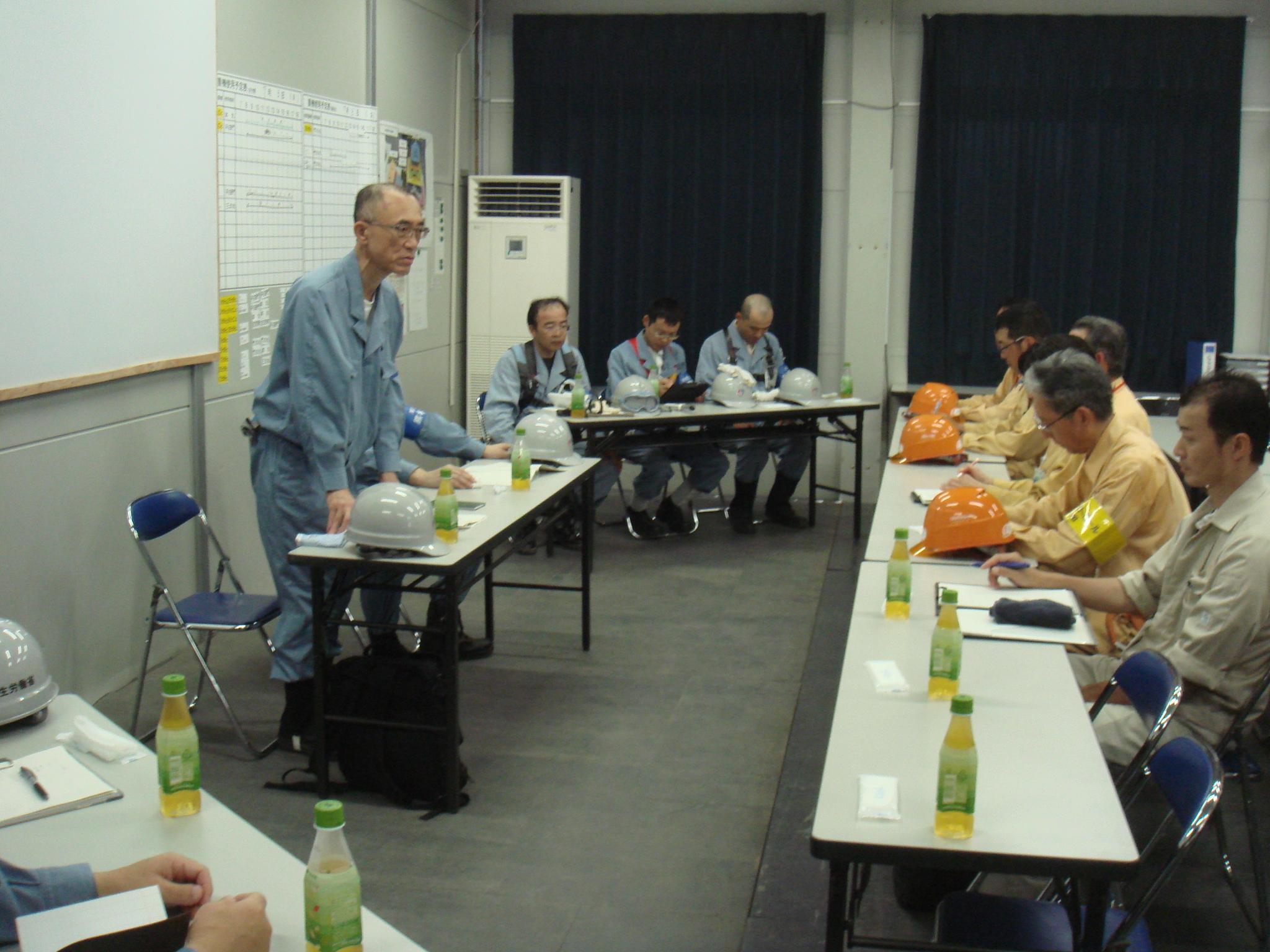 熊本城天守閣復旧の整備工事現場...