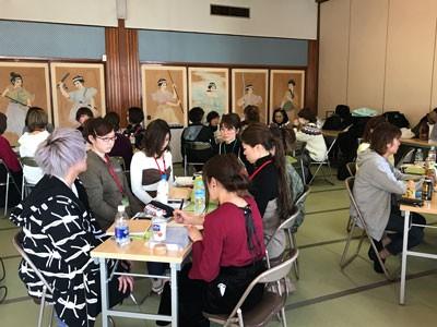 全社員が参加する学習会は毎月開いている