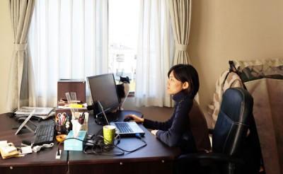 毎月社員の4割が在宅勤務をしている