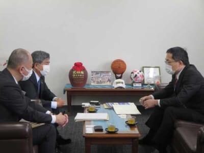 琉球銀と局長対談 店長会議配信し価値観共有 沖縄労働局